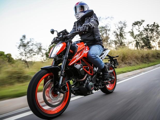 KTM 390 Duke ABS (Foto: divulgação)