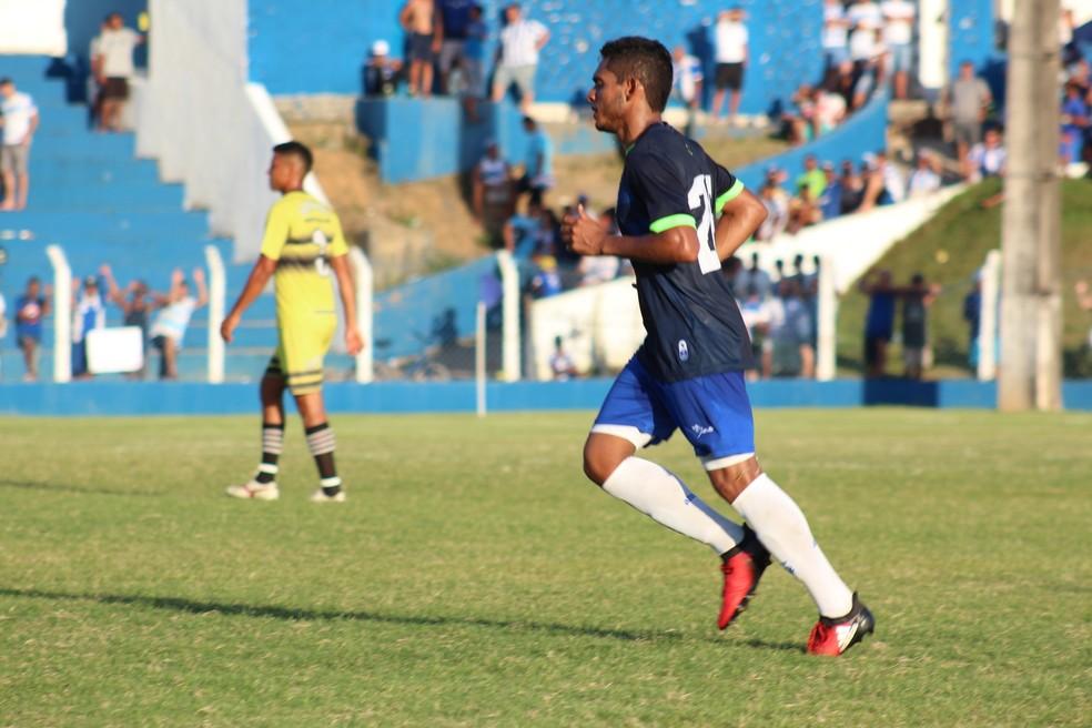 Dawhan foi um dos destaques do teste do CSA (Foto: Denison Roma/GloboEsporte.com)