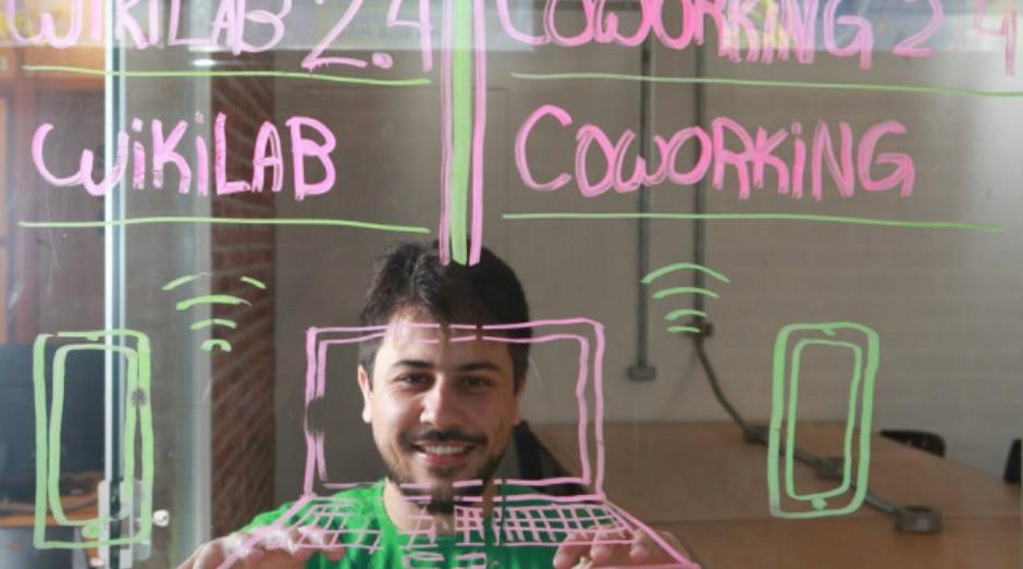Danilo Oliveira, da SigaLei, criou robô para acompanhar projetos de lei em tramitação (Foto: Divulgação)