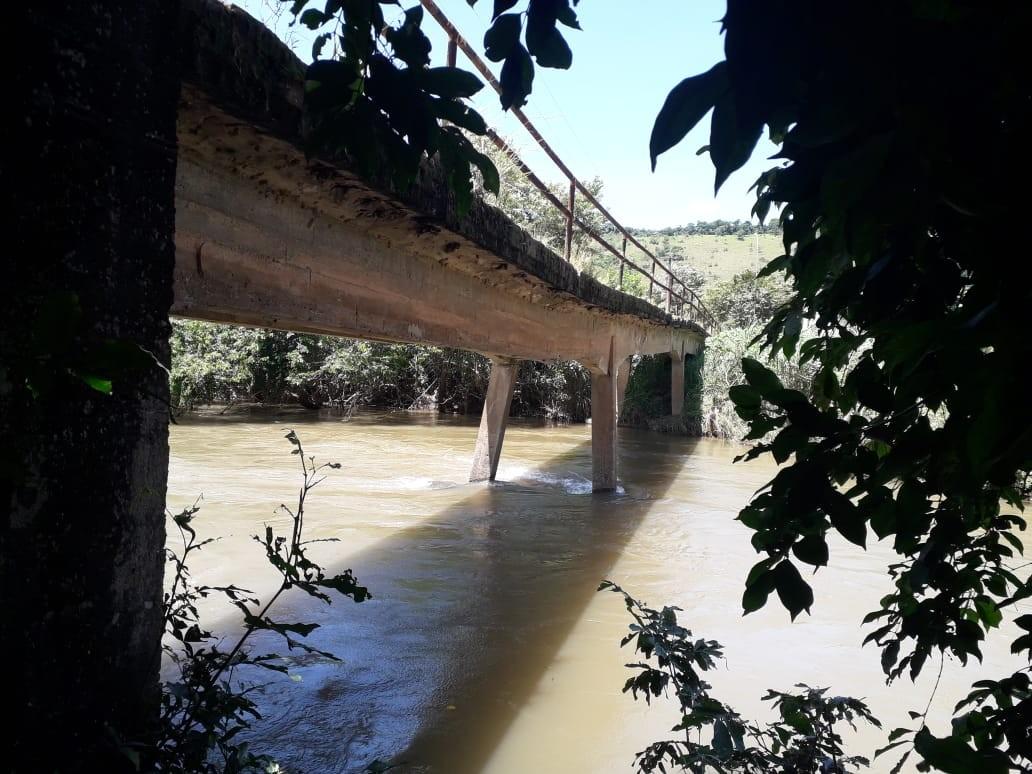 Ponte do Baião, em Macaé, será totalmente interditada após sofrer arrasto dos pilares