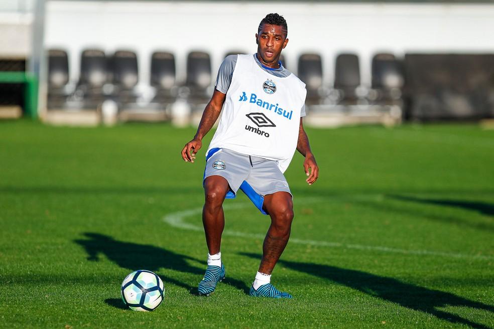 Miller Bolaños treinou na semana, mas não se disse confiante para jogar (Foto: Lucas Uebel / Grêmio, DVG)