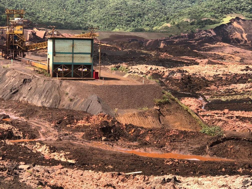 Barragem da mina do Feijão se rompeu e causou estragos — Foto: Uarlen Valério/O Tempo/Estadão Conteúdo