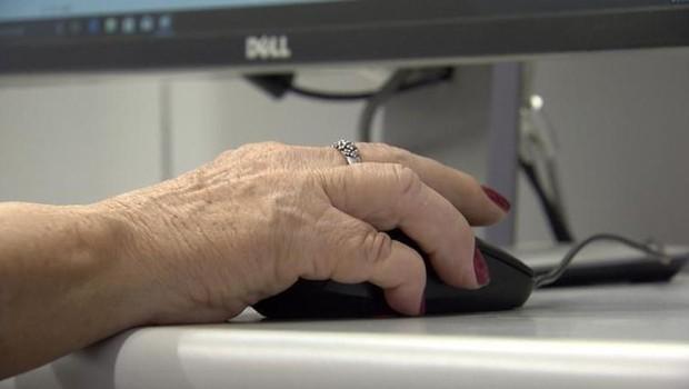 idosos, computador, trabalho (Foto: Reprodução/TV Brasil)