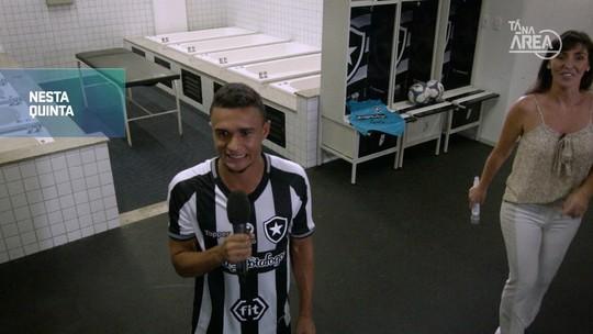 Futeokê: no terceiro episódio da série, veja as perfomances dos jogadores do Botafogo com o microfone