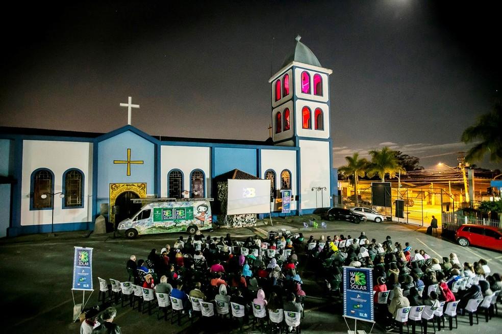Resultado de imagem para CineB Solar apresenta o filme 'Benzinho' na Zona Leste de SP