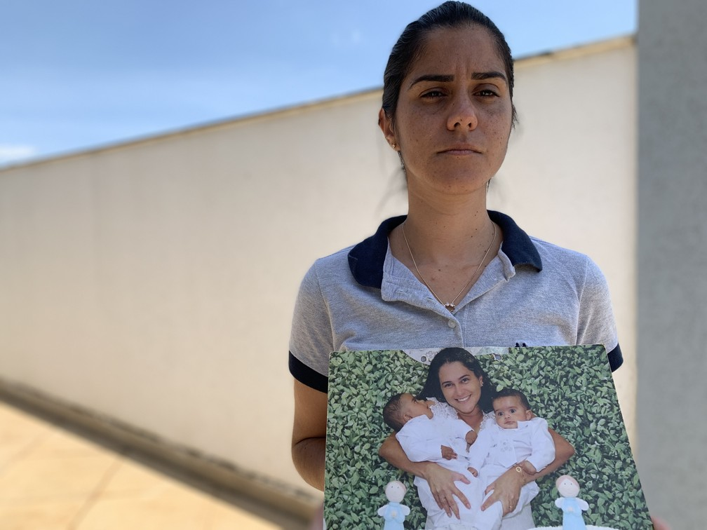 Josiana Resende, perdeu a irmã Juliana Resende e o cunhado Dennis Silva no desastre — Foto: Raquel Freitas/G1