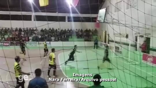 Acreano faz golaço de lambreta à la Falcão em jogo de futsal no interior do AC; assista