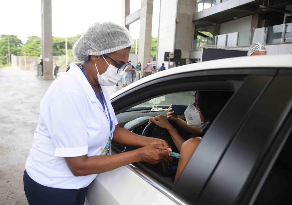Aplicação da 1ª dose é suspensa na terça-feira em Salvador; mutirão da 2ª dose será realizado — Foto: Betto Jr./Secom