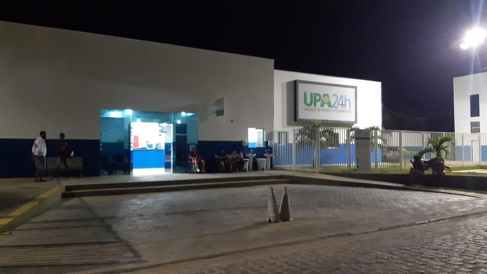 Vítima foi levada para UPA de São José de Mipibu antes de  — Foto: Sérgio Henrique Santos/Inter TV Cabugi
