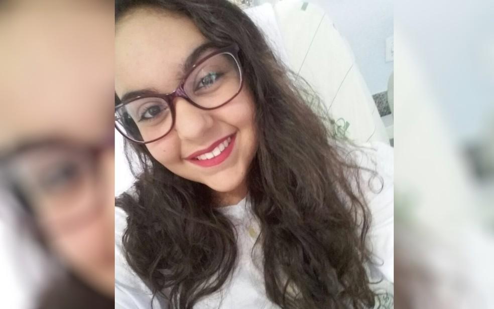Isadora, última a ser ouvida em investigação, ficou paraplégica após ser baleada (Foto: TV Anhanguera/Reprodução)
