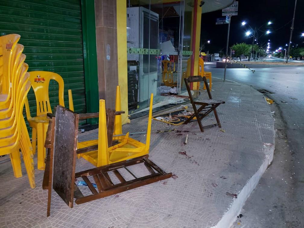 Mulher foi presa em flagrante e confessou que ingeriu bebida alcoolica — Foto: Ivonaldo Braga/Blogbraga