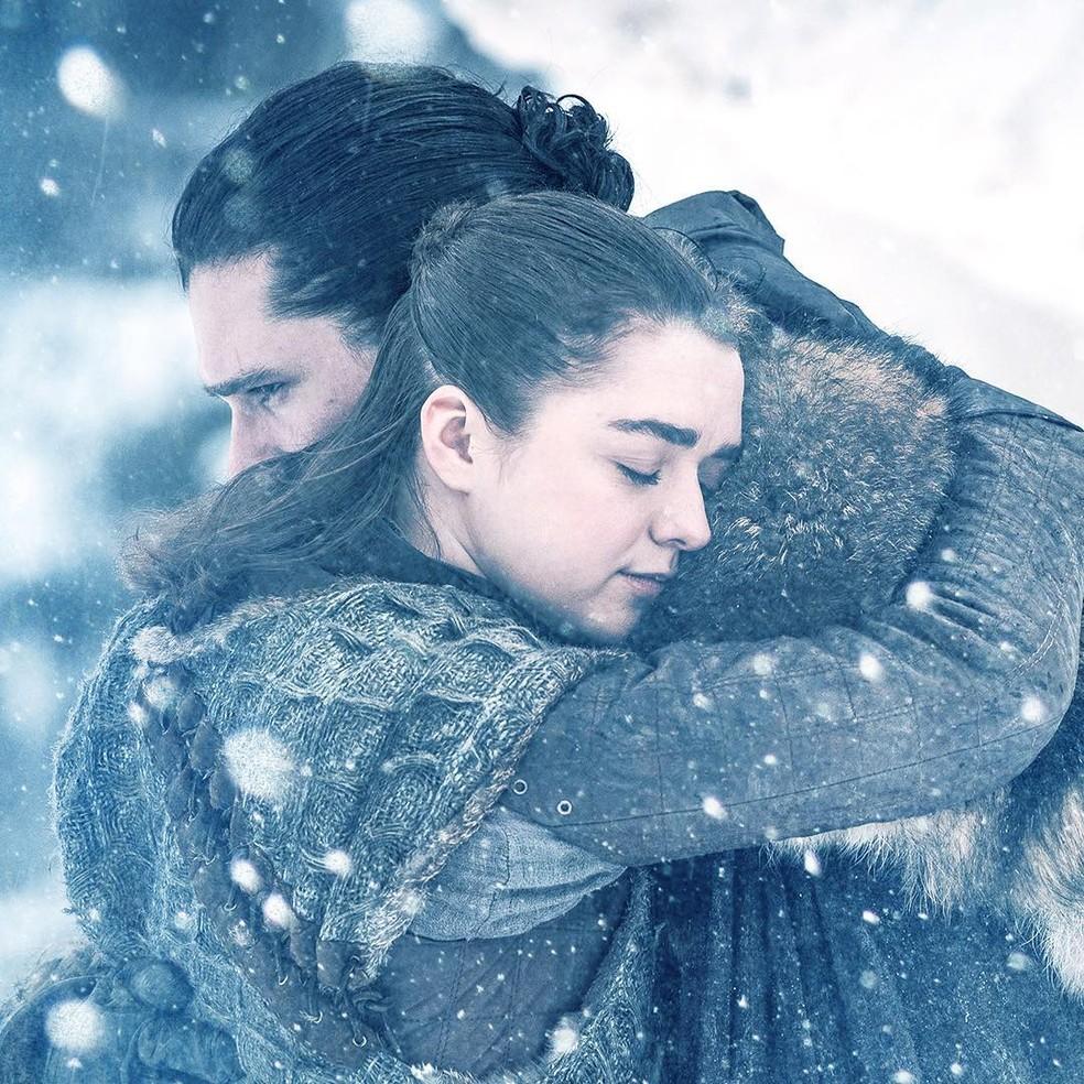 """Arya Stark e Jon Snow em cena de """"Game of Thrones'"""" — Foto: Reprodução/Instagram"""