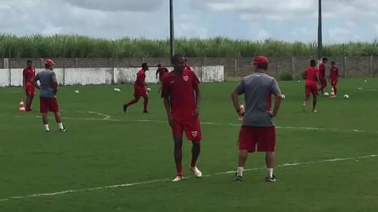 Atacante do CRB, Willians Santana tem lesão confirmada e deve parar por três semanas