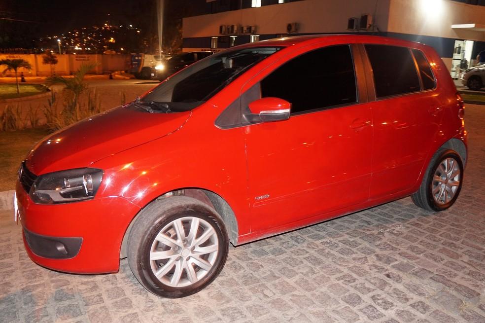 Carro clonado foi levado para a delegacia (Foto: Polícia Civil/Divulgação)