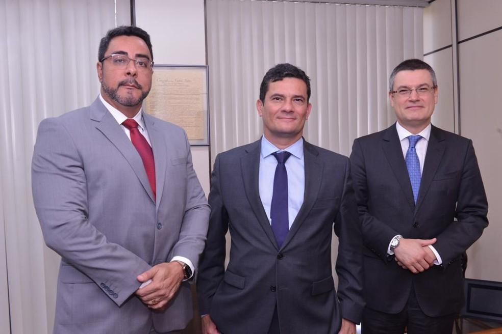Reunião foi para apoiar institucionalmente o trabalho do juiz Bretas e a Operação Lava Jato do RJ — Foto: Fotos Isaac Amorim/MJSP