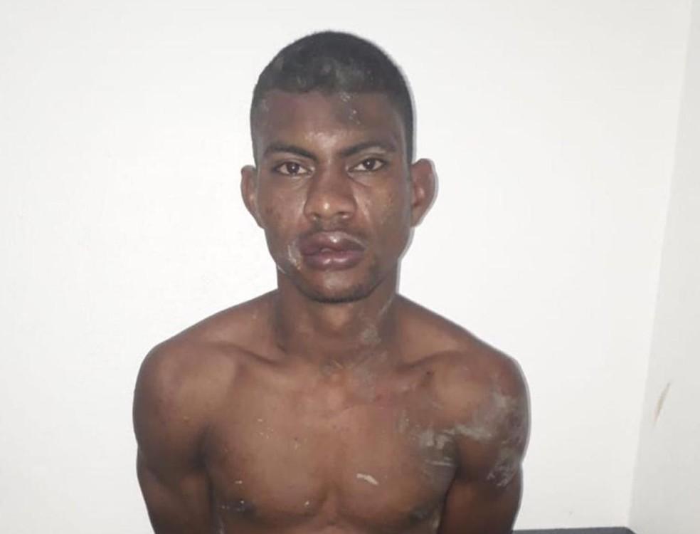 Walison Rodrigues dos Santos foi preso e levado para a Delegacia de Polícia Civil em Rosário — Foto: Divulgação/Polícia