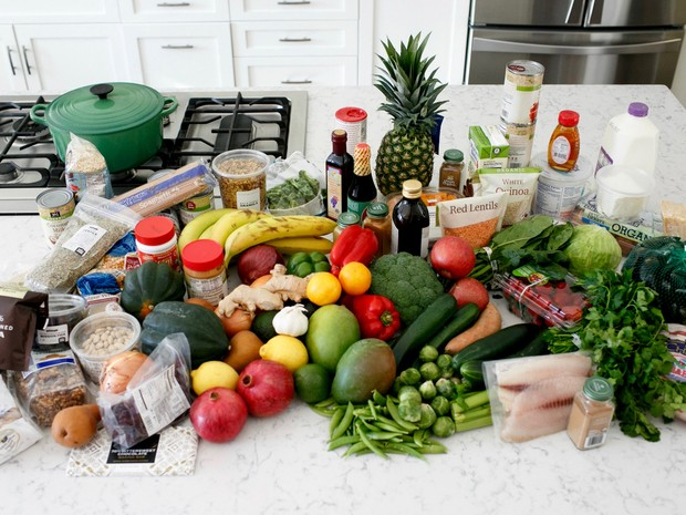 Alimentação saúdável, frutas, legumes, verduras, grãos, vegetais, dieta, refeição, refeições, cozinha (Foto: Reuters/Courtesy of Oldways)