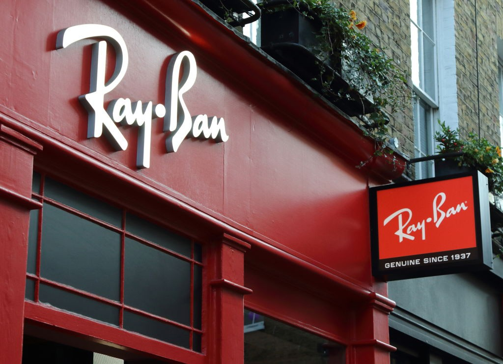 Loja da Ray-Ban em Londres (Foto: LightRocket via Getty Images)