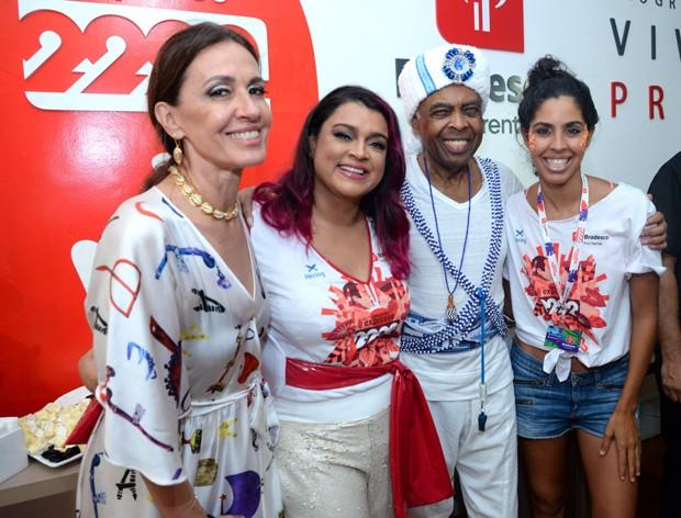 Preta Gil com Flora, Gilberto e Bela Gil (Foto: Leo Marinho/Divulgação)