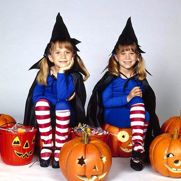 Quem mais lembra das gêmeas Olsen no Halloween? (Foto: Reprodução)