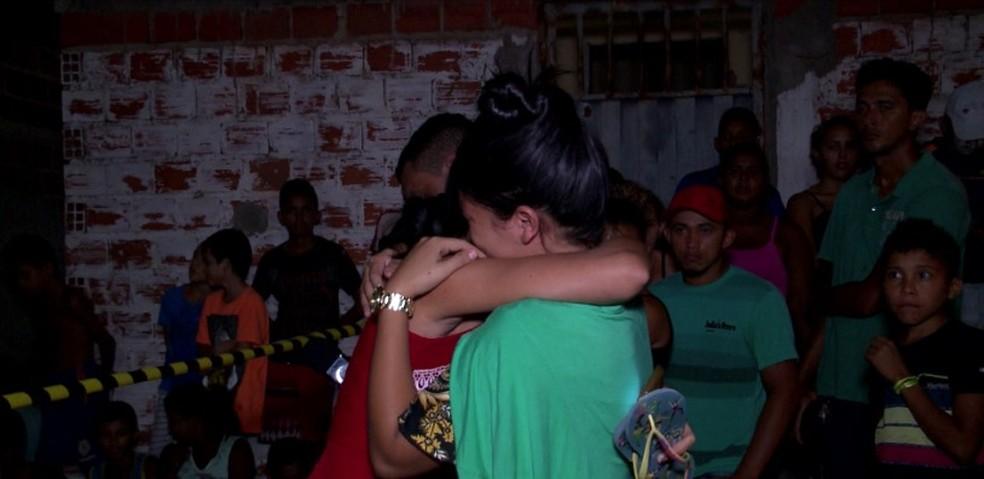 Primas lamentaram a morte de Gisleide e acusam namorado dela (Foto: Reprodução/TV Clube)