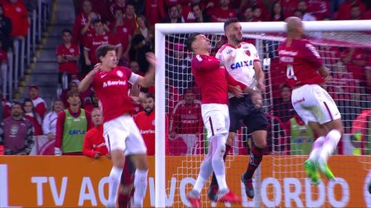 """Lomba se destaca contra ex-clube e comemora fase no Inter: """"Sonho de criança"""""""