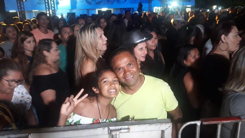 Ayanne Gabrielle, de 11 anos, foi com o pai para o show de Marília Mendonça — Foto: Heloísa Guimarães/Inter TV Cabugi