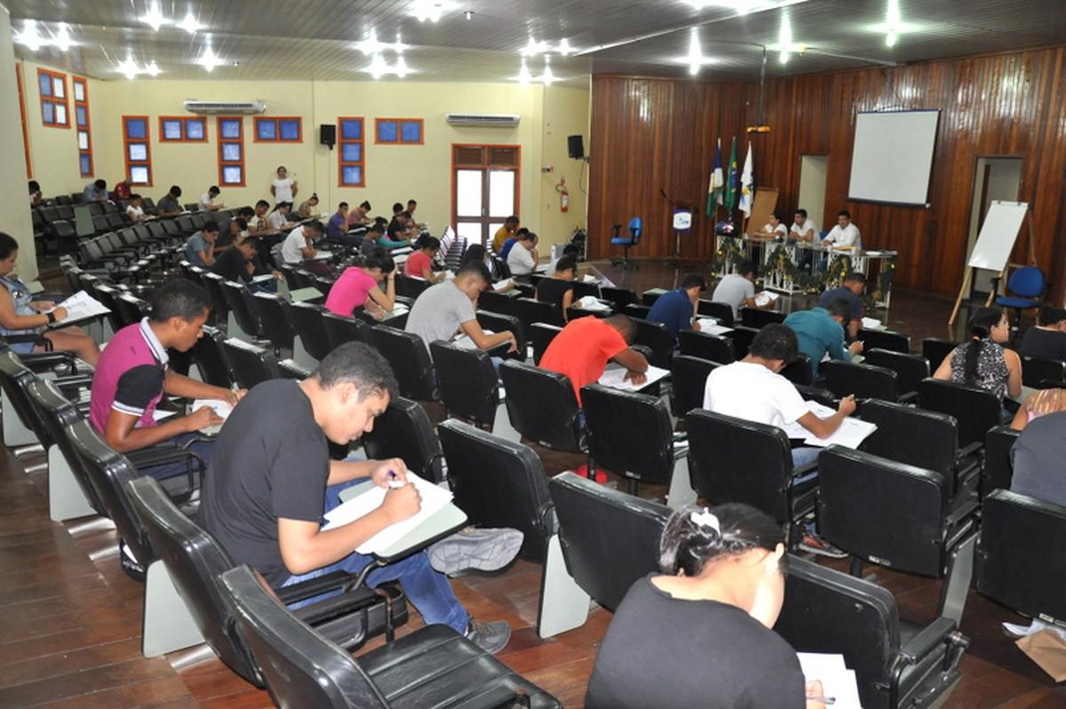 Mais de 700 candidatos faltam a prova do vestibular 2018 da Uerr