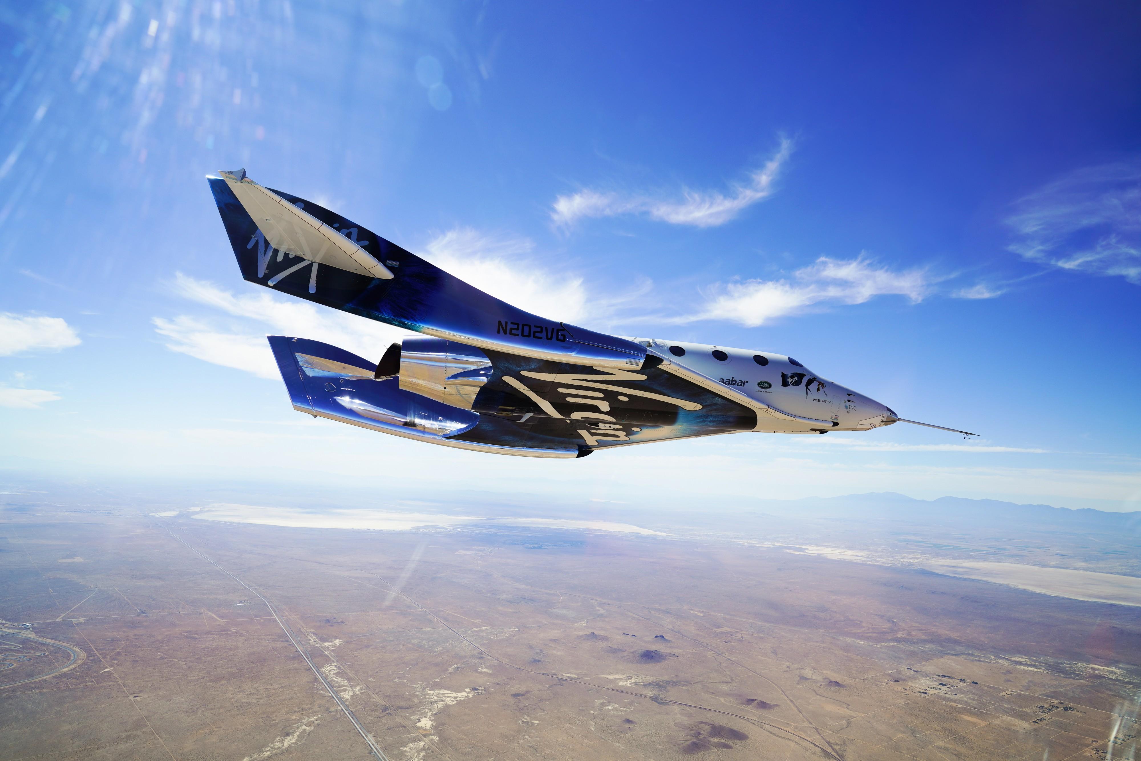 Duas empresas lideram corrida e turismo espacial pode estar cada vez mais próximo