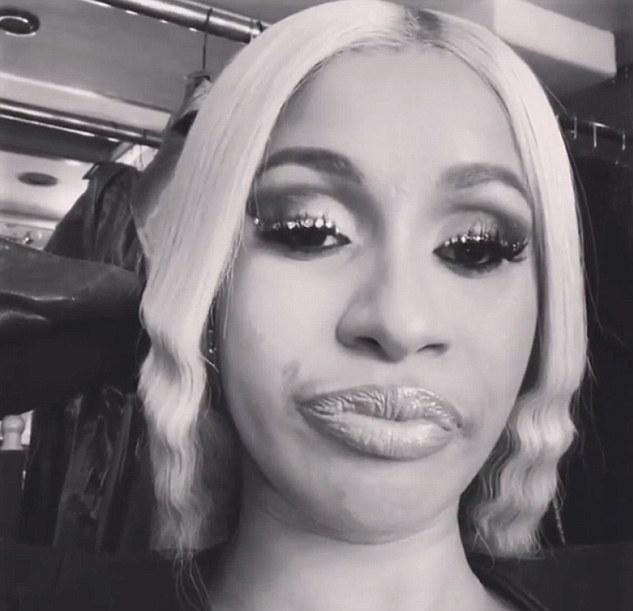 A cantora Cardi B irritada com os impostos pagos por ela (Foto: Instagram)