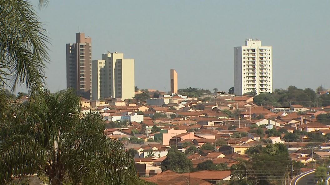 Bebedouro, SP, restringe circulação de pessoas entre 21h e 6h até 7 de março; veja regras