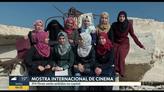 Documentários 'Human Flow' e 'Cartas para um ladrão de livro' são destaques da 41ª Mostra de Cinema de SP; G1 comenta
