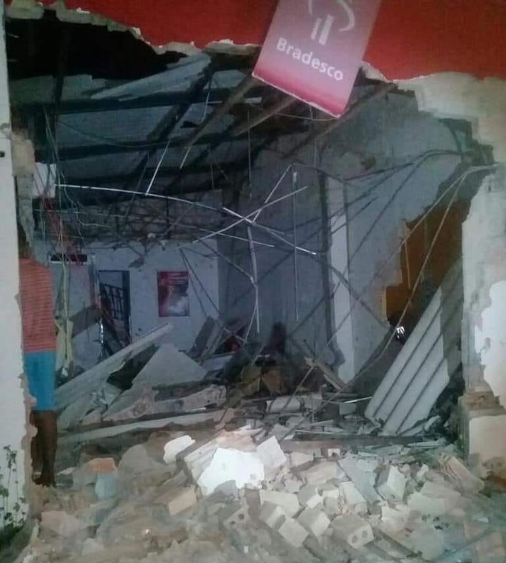 -  Agência bancária é destruída em explosão criminosa no sul do Pará.  Foto: Divulgação / Polícia Civil