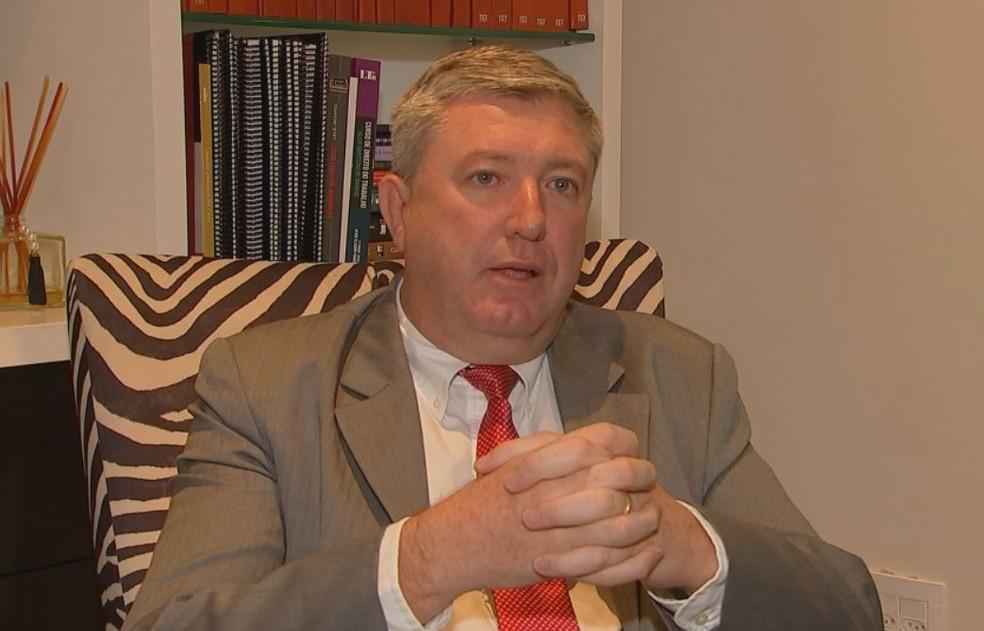 Advogado fala sobre a terça-feira de carnaval, que não é considerada feriado (Foto: Reprodução/TV TEM)