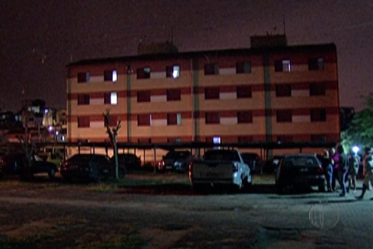 Sem iluminação pública, moradores da Vila Augusta ficam sem entrega de correspondências em Itaquaquecetuba
