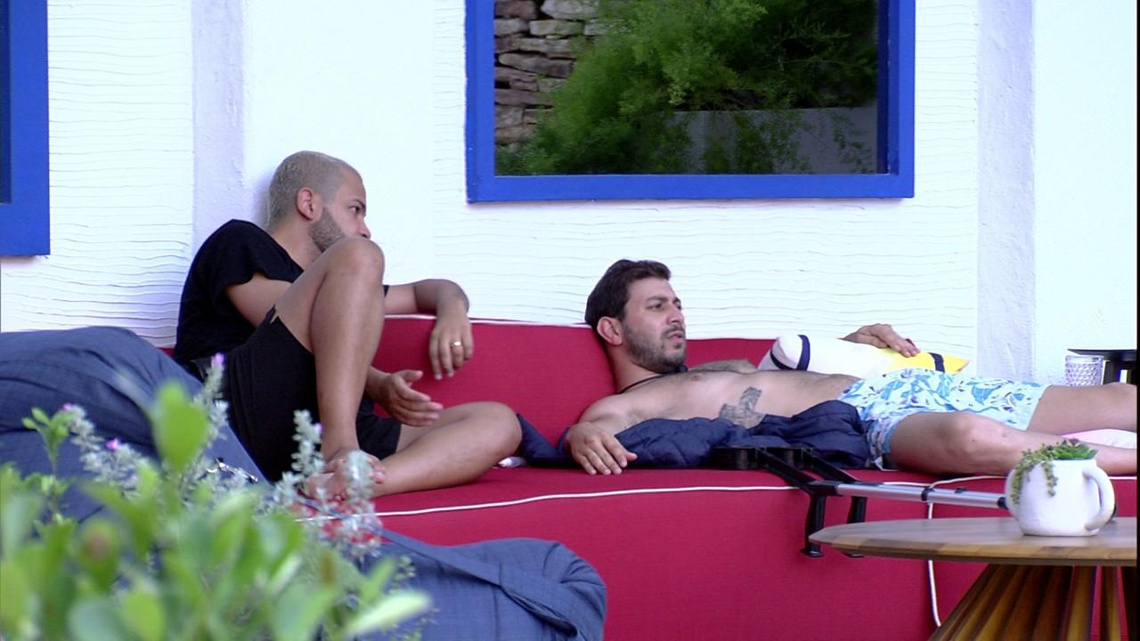 Projota avalia possibilidade de Karol Conká não ser eliminada: ´Acho injusto´