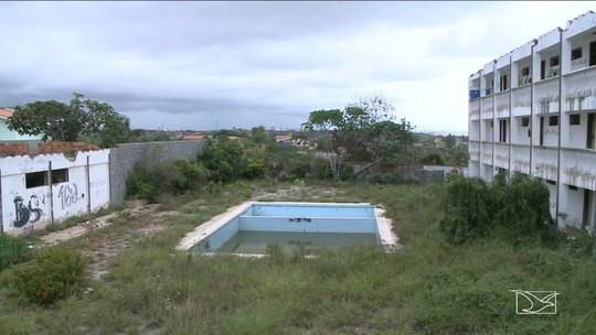 Hotel abandonado vira criadouro do mosquito Aedes aegypti em São Luís