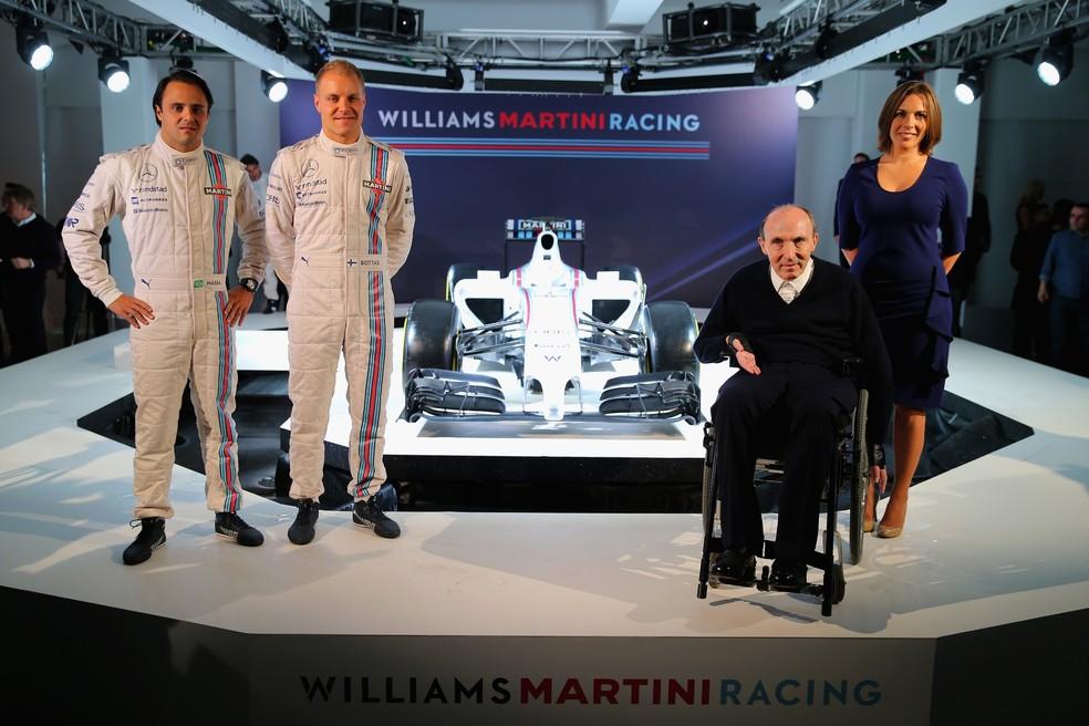Felipe Massa, Valtteri Bottas, Frank Williams e Claire Williams no lançamento do carro, no início de março (Foto: Getty Images) — Foto: Getty Images