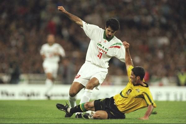 O jogador iraniano Ali Daei, maior artilheiro de seleções com 109 gols (Foto: Getty Images)