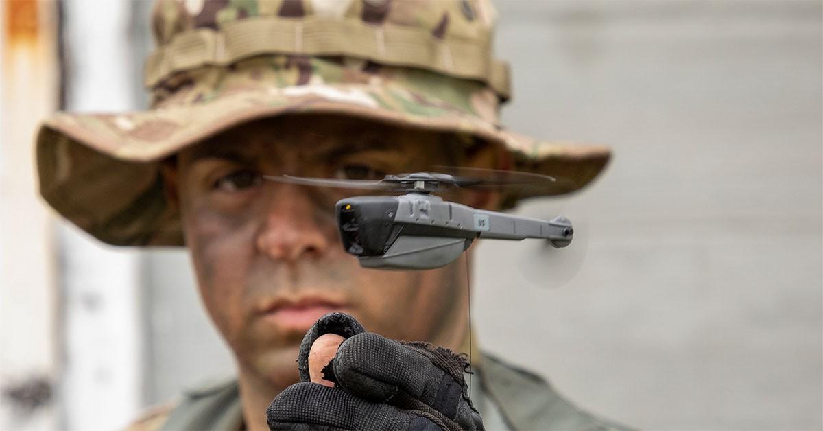 Drones que cabem na palma da mão serão usados pelo exército norte-americano (Foto: FLIR System/ Divulgação)