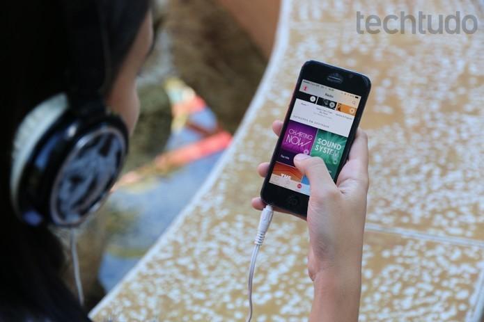 Serviços Apple é uma das vantagens de manter iPhone antigo (Foto: Maria Clara Pestre / TechTudo)