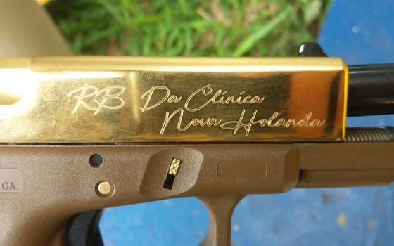 A recém-lançada Glock 19X foi apreendida pela Polícia Rodoviária Federal (Foto: PRF)