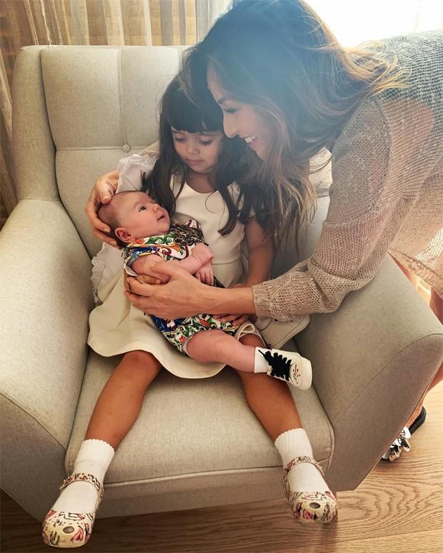Sabrina Sato, sua filha, Zoe e a sobrinha, Manuela, filha de Karina Sato (Foto: Reprodução / Instagram)