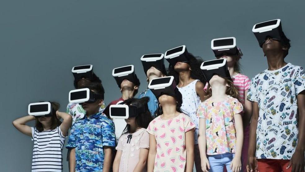 Vários estudos têm mostrado que, quando o uso de televisão ou videogame aumenta, o QI diminui, afirma o neurocientista Michel Desmurget — Foto: Getty Images