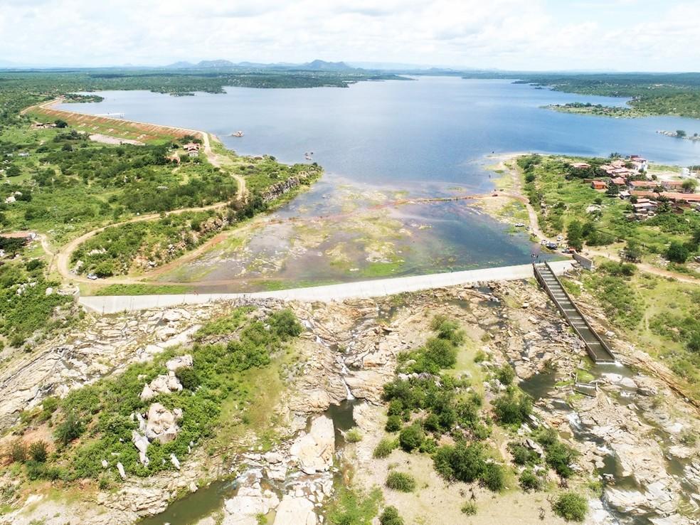 Feita por drone, foto aérea mostra o Açude Mendubim — Foto: Bruno Andrade/BaDroneRN