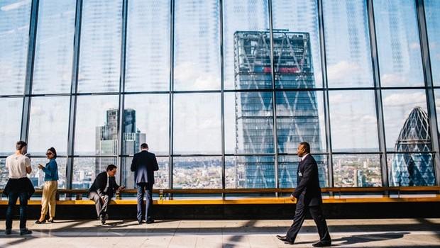 empresa, firma, investimento, companhia, profissional, profissionais, terno, escritório (Foto: Pexels)