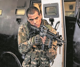 Marcelo Mello Jr. em 'Arcanjo renegado'   TV Globo