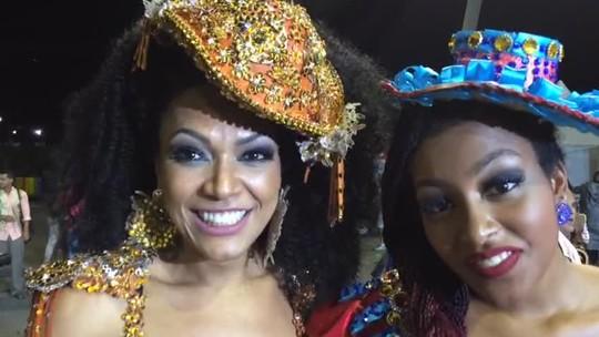 Simone Sampaio desfila com a filha na Dragões: 'Ela diz que somos irmãs'