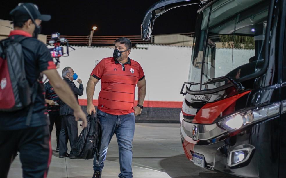 Eduardo Barroca não é mais técnico do Atlético-GO — Foto: Bruno Corsino / ACG