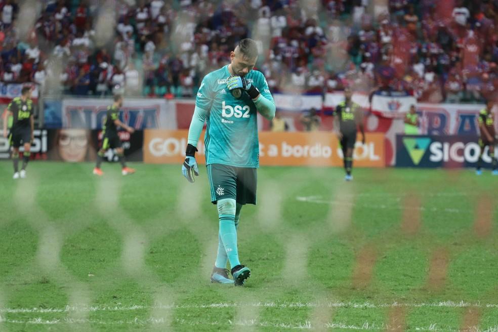 Diego Alves teve tarde para esquecer em Salvador — Foto: MAURICIA DA MATTA/AGÊNCIA O DIA/ESTADÃO CONTEÚDO